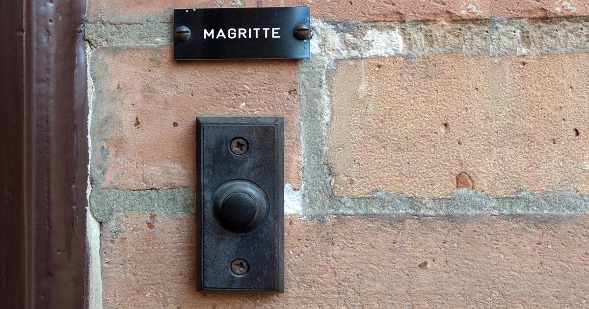 & Visiting René Magritte - SCHIRN MAG