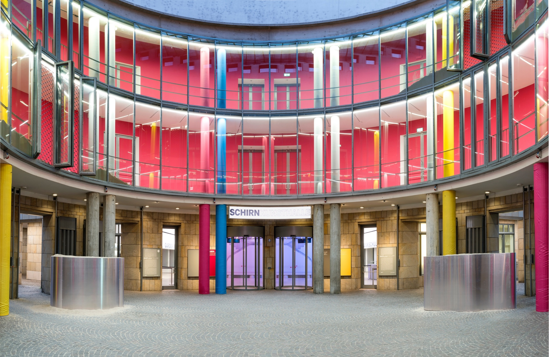 In any case, it is loud - SCHIRN MAG